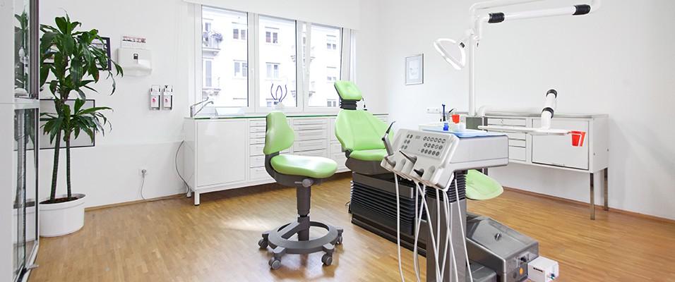 Behandlungsraum, Zahnarztpraxis Ascher, München Bogenhausen